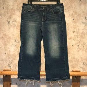 Maurice's Wide Leg Crop Jeans